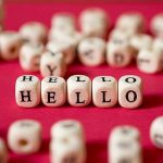 Podcast – Hello and Goodbye – Salutations en anglais
